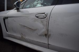 Porsche_Panamera_Unfallgutachten_4
